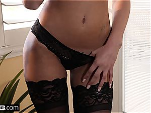 High class bombshell Ariana Marie gets fucked supreme in underwear