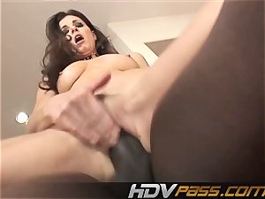 HDVPass multiracial hookup with India Summers