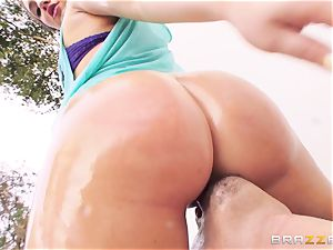 beautiful Maddy OReilly loves to feel a pink cigar in her booty