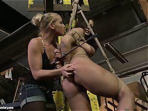 Kathia Nobili spanking the bootie of sizzling nymph with flog
