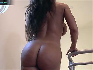 super-steamy mummy Lisa Ann deep-throating a fuckpole and screwing