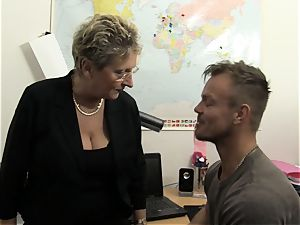 hard-core Omas - towheaded German grandma loves muddy office fuck-a-thon