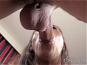 cuckold Latina girlfriend gets a massive facial