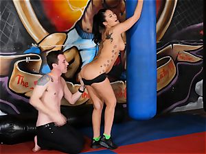 japanese bombshell London Keyes bangs her guy after a workout