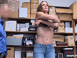 Sofie Marie splattered nut deep by nasty mall cop