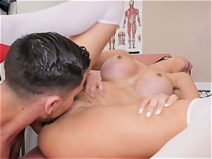 Jasmine Jae arched over and pounded
