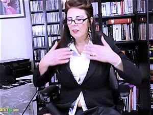 OldNannY utterly big-boobed Mature Lulu Showoff
