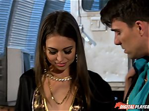 Smoking super-hot Riley Reid crammed up with Toni Ribas