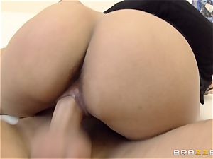 insatiable nymph Lola James drills for her grades