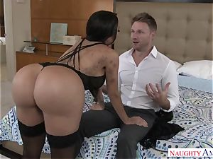 huge-boobed lascivious exotic gal Lela starlet tempts a married dude